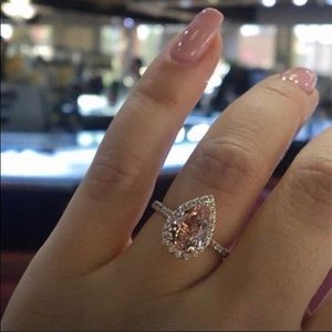 🆕 Rose Gold Natural Morganite & Diamond Halo Ring